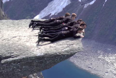 Video excerpt of Norwegians Shining show at Trolltunga