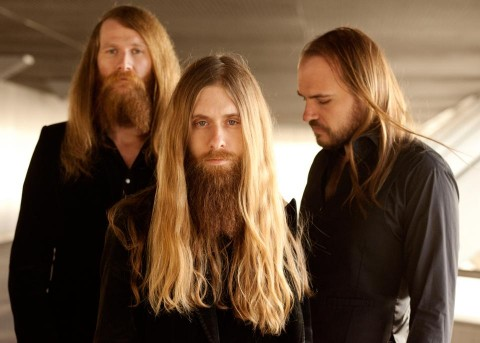 "Kadavar's new video ""Last Living Dinosaur"""