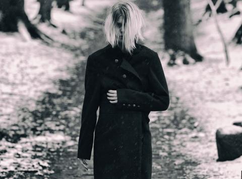 """Myrkur: new track """"Jeg Er Guden, I Er Tjenerne"""""""