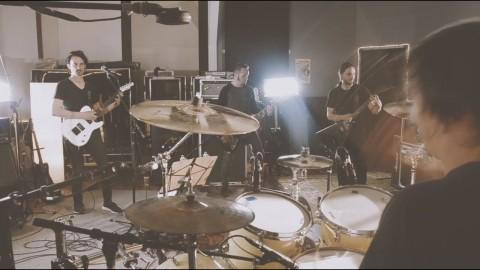 "Gojira unveils studio live ""Global Warming"""