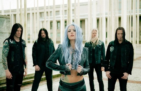 How Arch Enemy's manager provokes scandal, trying to ban photographer