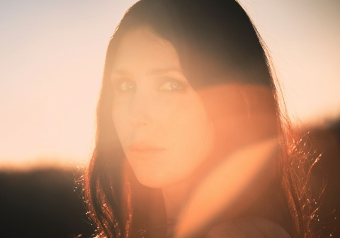 "Chelsea Wolfe announces new album with ""The Mother Road"" single release"
