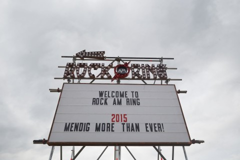 Lightning injures 33 people at Rock am Ring Fest [Video of Storm]