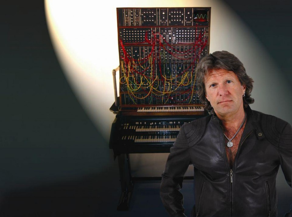Photo taken from createdigitalmusic.com — Keith Emerson committed suicide