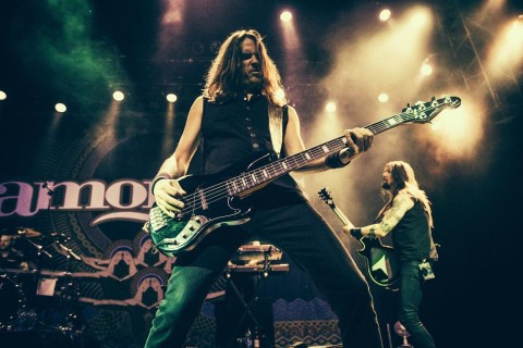 "Amorphis' bassist leaves band over ""mismanagement"""
