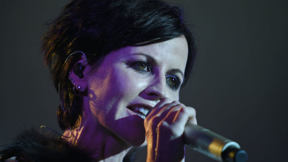 Dolores O'Riordan (c) Sky News — The Cranberries' frontwoman Dolores O'Riordan passes away