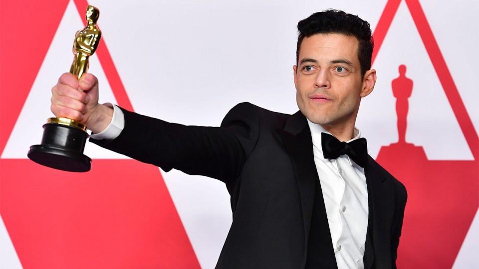 "Rami Malek — Queen's biopic ""Bohemian Rhapsody"" won 4 Oscars"