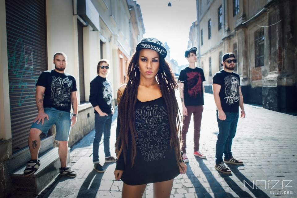"Jinjer — Jinjer: ""If a band is limited to perform only in Ukraine, it is a direct way to the grave"""